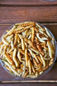 chiangmai-fried worms