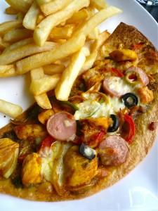 mael-chicken madras pizza