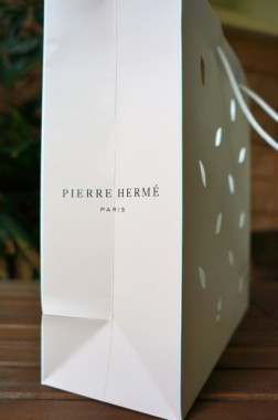 Pierre Herme macaron2