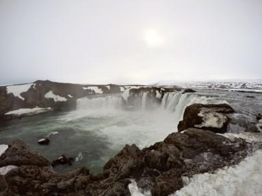 iceland godafoss falls